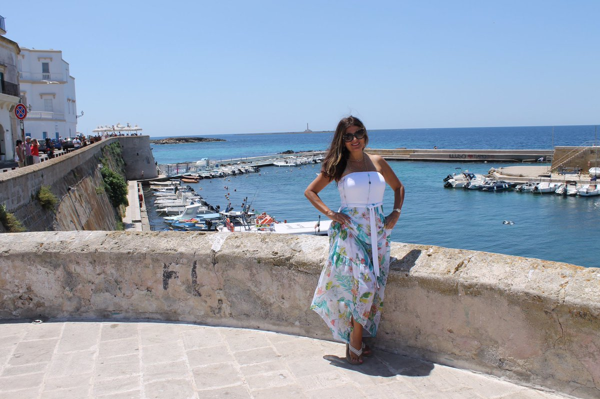 When I met you in the summer #apulia #gallipoli #sea #prosecco #branzino<br>http://pic.twitter.com/wQatFVw0qb