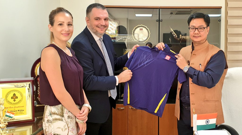 The Ambassador of the Republic  of Serbia to India, HE Vladimir Maric called on and presented a T-Shirt signed by Serbian Tennis Star Novak Djokovic! Thank you very much. @DjokerNole