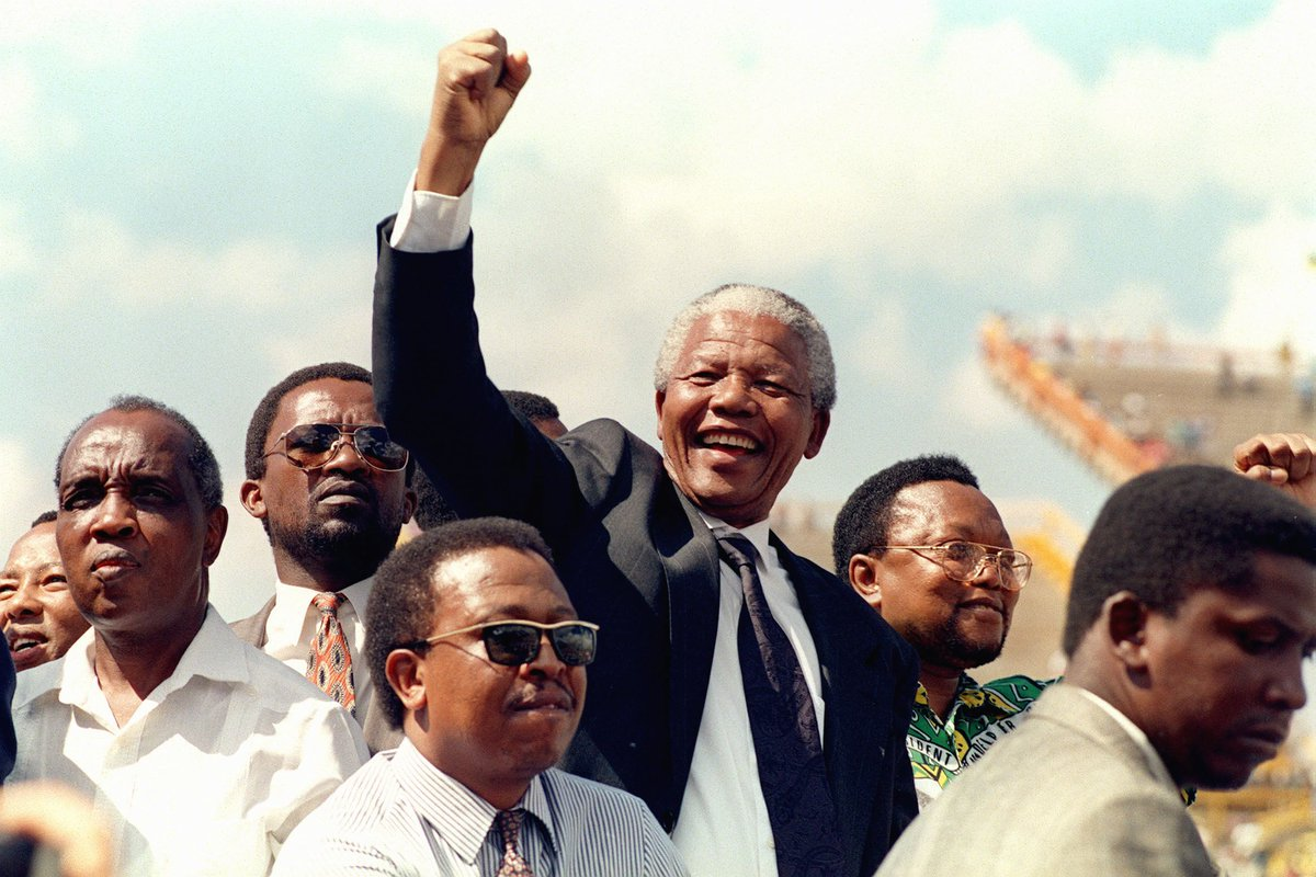 """We pledge ourselves to liberate all our people from the continuing bondage of poverty, deprivation, suffering, gender and other discrimination """"We know too well that our freedom is incomplete without the freedom of the Palestinians"""" Happy #NelsonMandelaDay✊"""