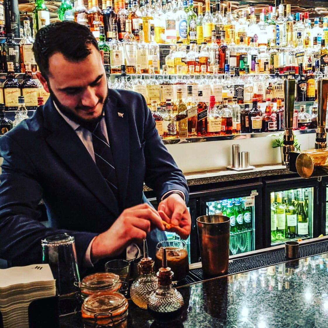 Relax in The Caley Bar a whisky oriented bar located within the @WAEdinburgh 🥃 #hiddengems #edinburghswestend #edinburgh #visitscotland #edinburghwows #scotland