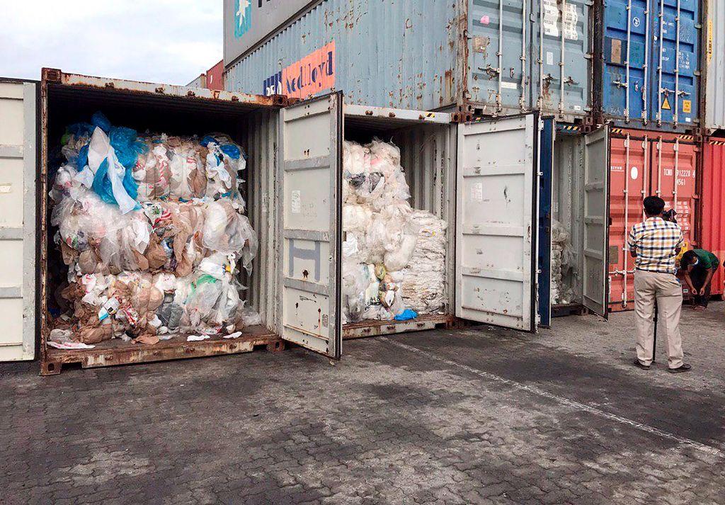 Le Cambodge somme à son tour le Canada de reprendre des conteneurs de déchets https://www.lesoleil.com/actualite/le-cambodge-somme-a-son-tour-le-canada-de-reprendre-des-conteneurs-de-dechets-ca2da102e967cf8879d5a5637341438e?utm_source=dlvr.it&utm_medium=twitter…