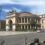 Image for the Tweet beginning: Mirá el Teatro Politeama de