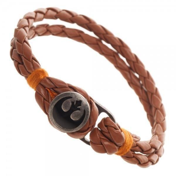 Shop this awesome Star Wars bracelet! Link in bio!   #gadgetsgalore #mobile #gadget #technology #gadgetlife #gadgetlover #instagadget #techrocks #gadgetshop #darthvader #thelastjedi #starwarsfan #theforceawakens #starwarsday #stormtrooper #jedi #maythe4thbewithyou
