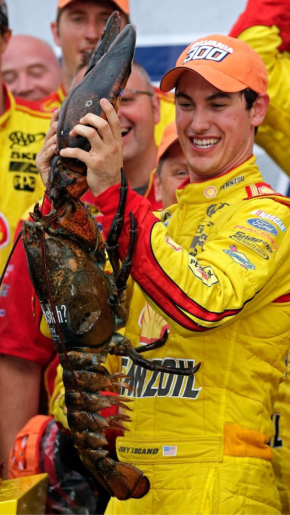 #TBT to 2014 when @joeylogano took home the win (and lobster) in New Hampshire. Good luck this weekend at the Foxwoods Resort Casino 301, Joey!