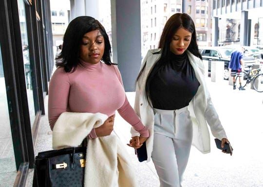 Azriel and Jocelyn went to the hearing the other day.😕#SurvivingRKelly https://buff.ly/2Z4jF5q