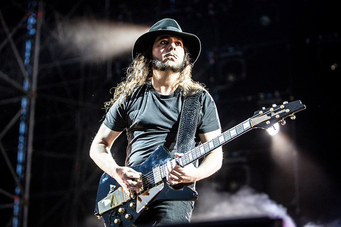 Happy birthday to Daron Malakian!