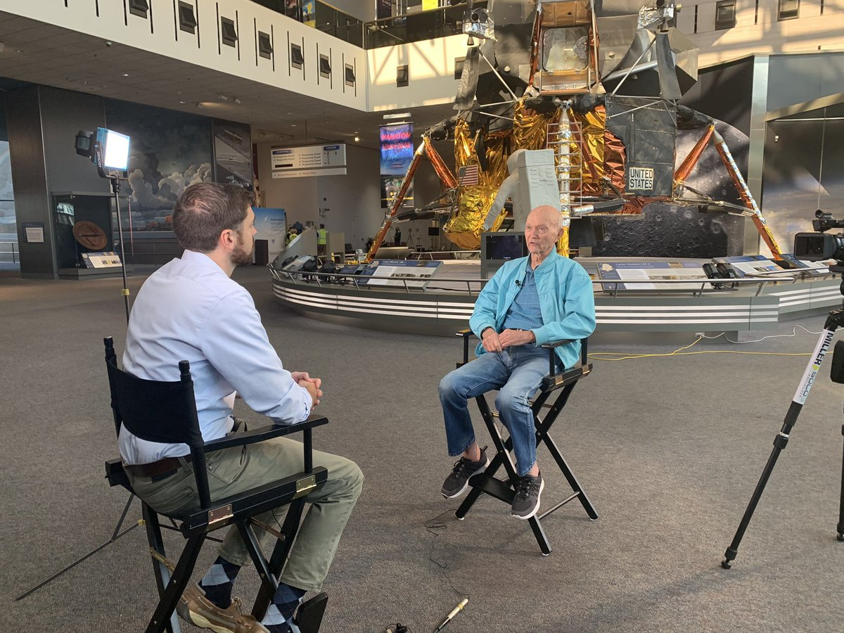 Tomorrow morning on #GetUpDC  @MattGregoryNews sits down with @AstroMCollins to chat about #Apollo11 50 years after that first mission to the moon. From 4:25 on @wusa9<br>http://pic.twitter.com/mQulHfsNmR – à National Air and Space Museum