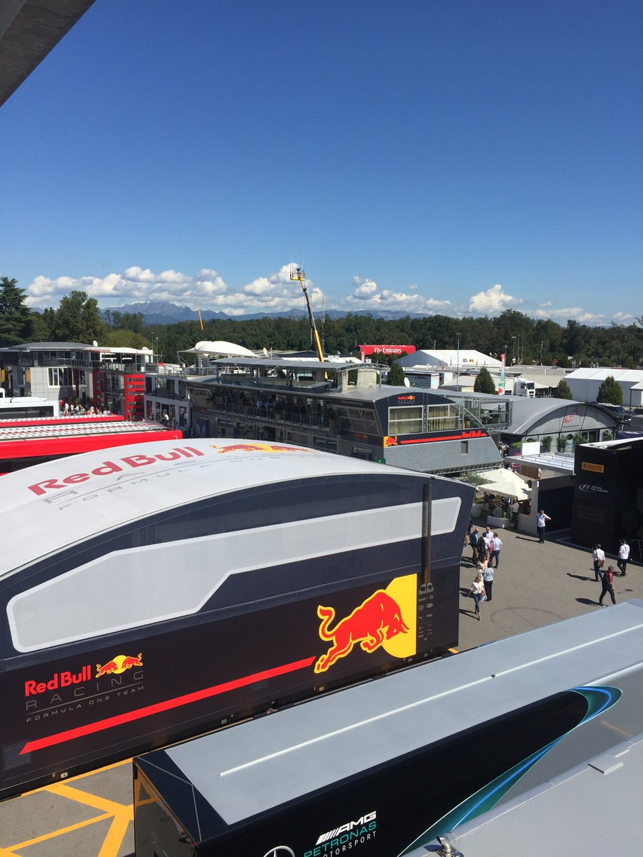 We have Friday Only @redbullracing #F1 Team Hospitality passes available for the #ItalianGP. £950pp. More options via: https://view.joomag.com/edge-italian-grand-prix-brochure/0810073001474631543 … #Monza #F1