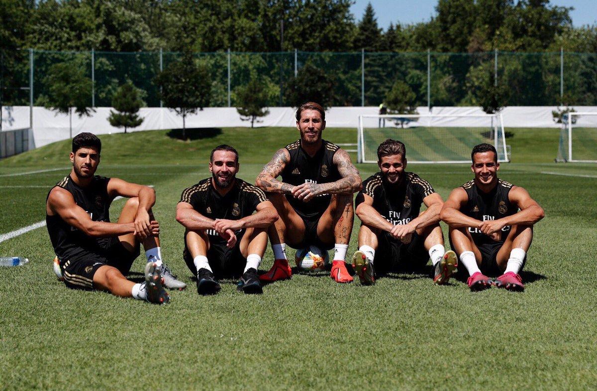 Spanish team! 💪🏻 🇪🇸😜 #HalaMadrid