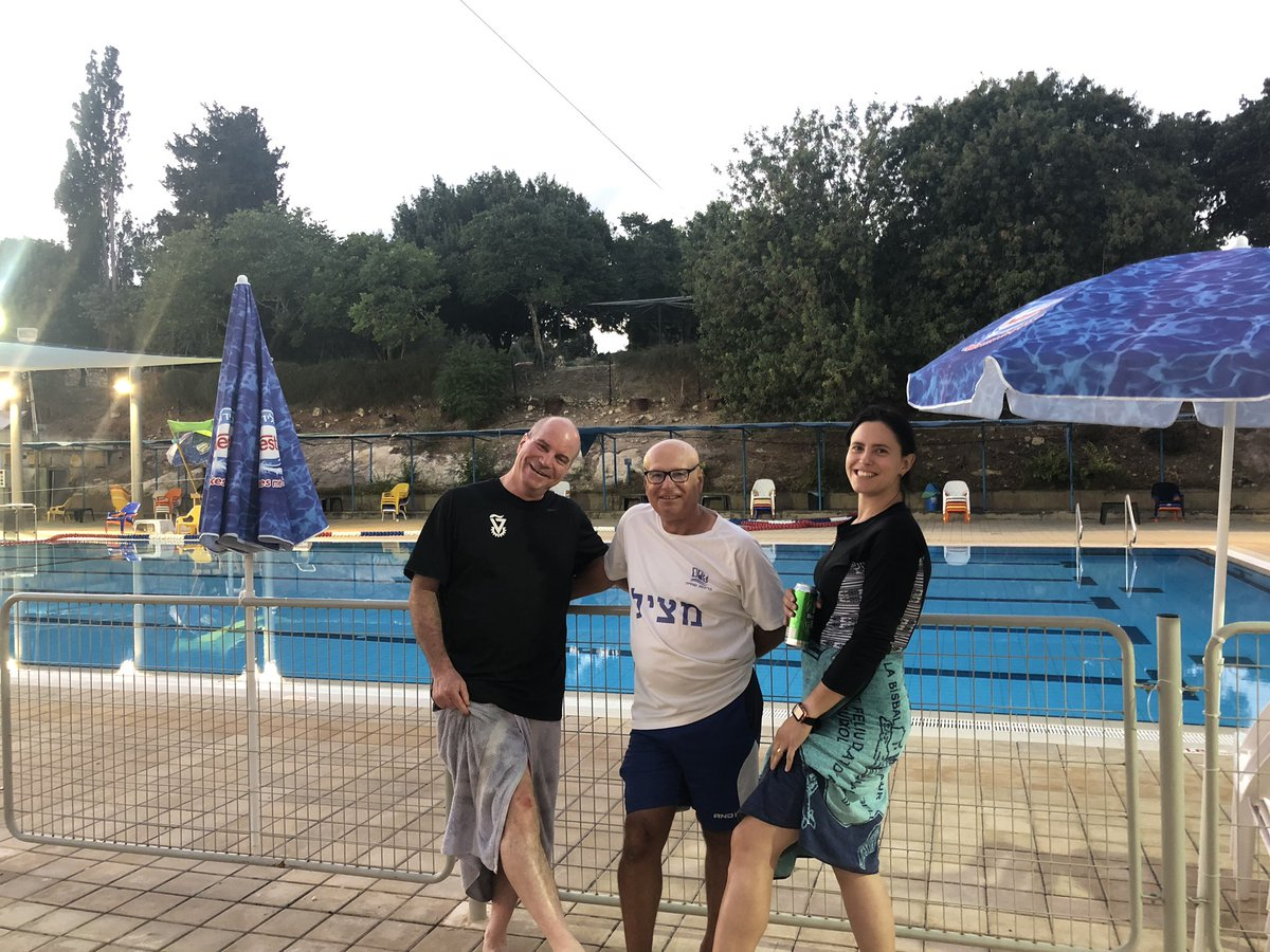 Fun at the #technion #facultyofbiology. Trust the #MarineMicrobiologist @AlinaPushkarev from @BejaLab to be first in the pool!