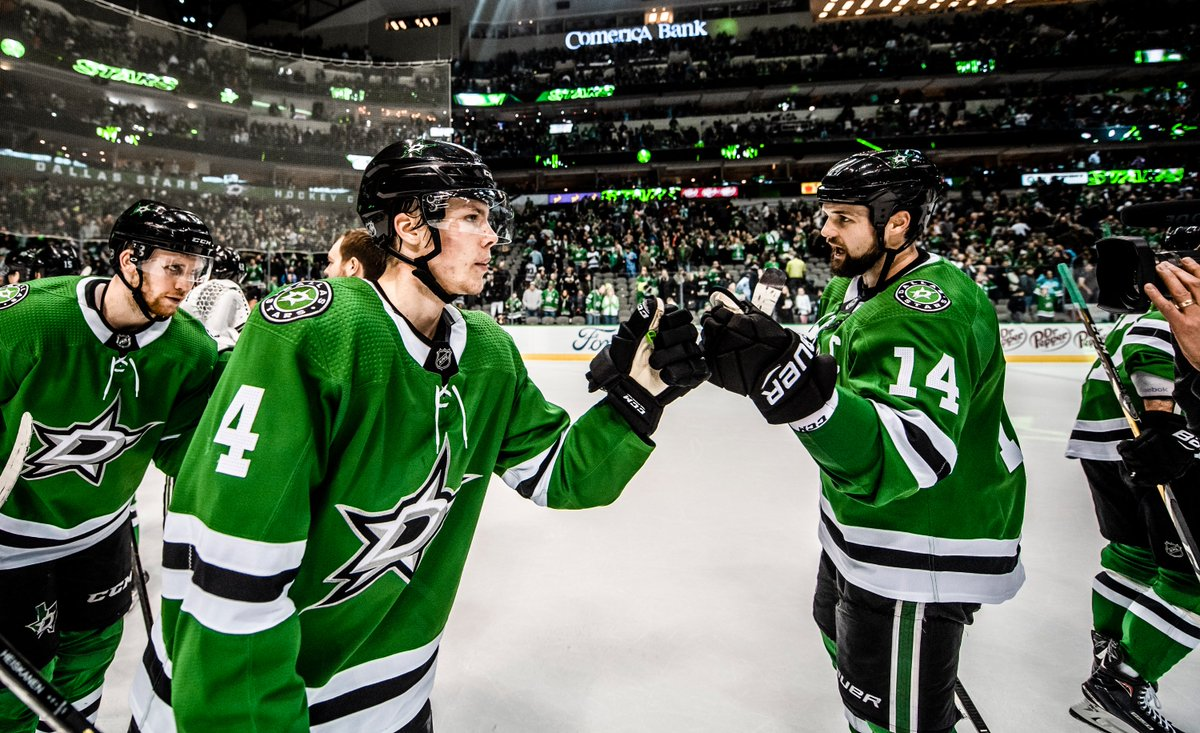 July 18, 1989: @jamiebenn14 was born July 18, 1999: @HeiskanenMiro was born 10 years separates these two but the Stars brought them together. HBD!