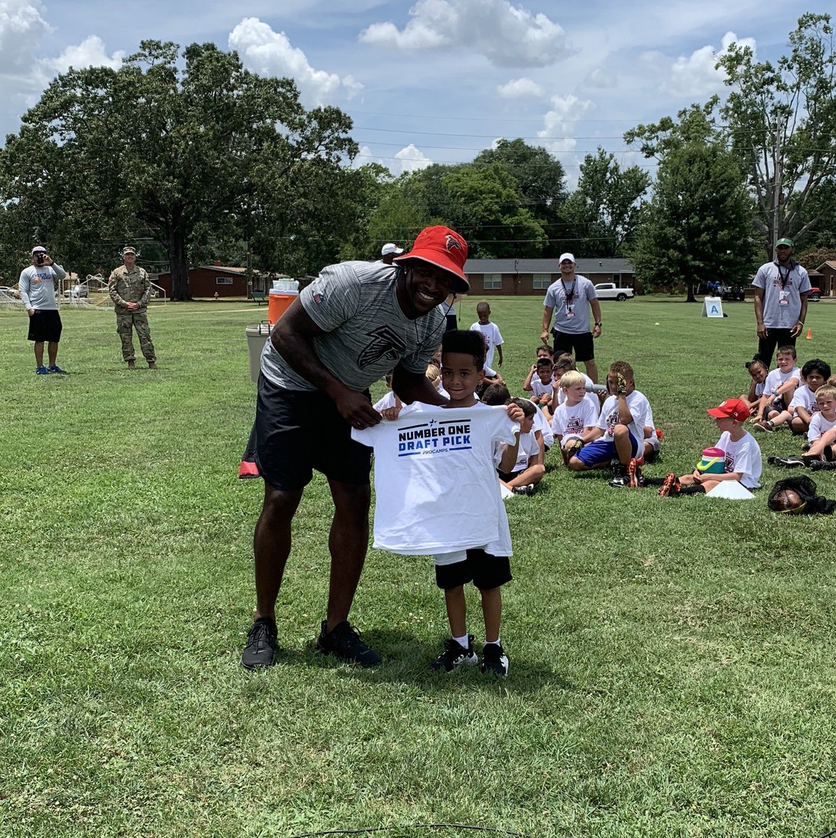 Out here at @FortBenning  for the @Keanu_Neal  @ProcterGamble  @YourCommissary  & @ExchangePAO  ProCamp with our #1  draft pick #salute  #heroic  #resilient  #falcons