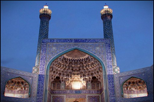 One of the most fascinating masterpieces in tilling, art and architecture. #Welcomepersia #iran #irantravel #middleeast #persia #travel<br>http://pic.twitter.com/YKixyEguif