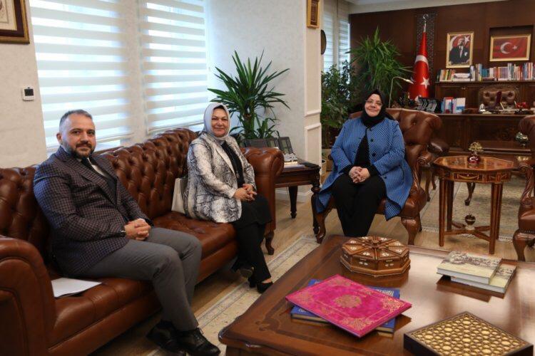İstanbul Sancaktepe Belediye Başkanı @SeymaDgc'yü misafir ettik. Belediye çalışmaları ve bakanlığımızın faaliyet alanına giren konularda konuştuk. Başkanlığının ilk döneminde başarılı hizmetlere imza atmasını temenni ediyor, başarılar diliyorum. @SancaktepeBeltr