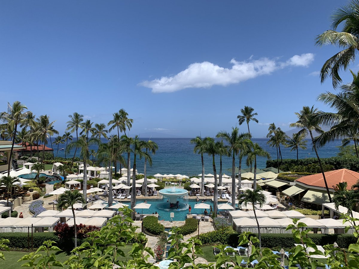 Another beautiful day in paradise! #fsmaui<br>http://pic.twitter.com/taxh85lizO