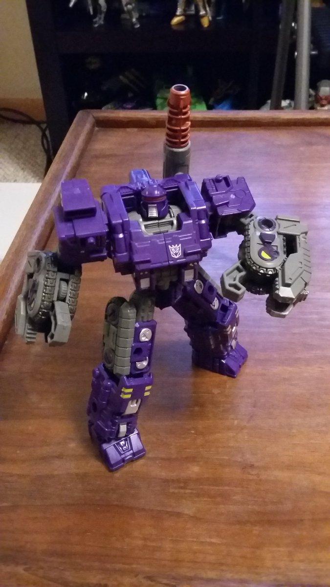 Thanks Hasbro. Really loving this new Beast Wars Scorponok figure!!! You guys got him yet? #beastwars #transformers