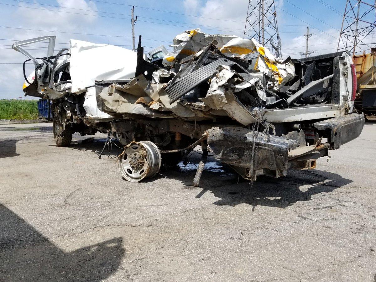 'Move Over:' NY maintenance truck split in half in Thruway crash