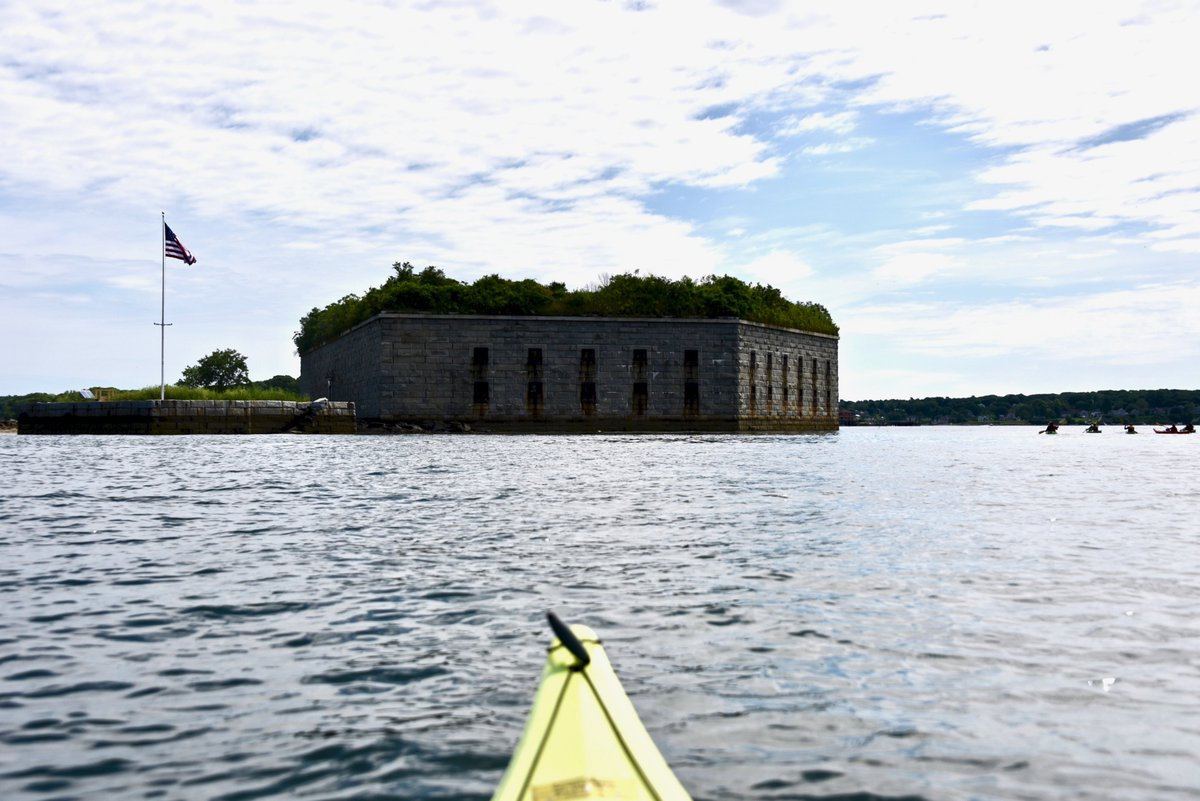 Went out to @fofogo Fort Gorges with @PortlandPaddle #portlandme #Maine #vacationland #visitportlandme