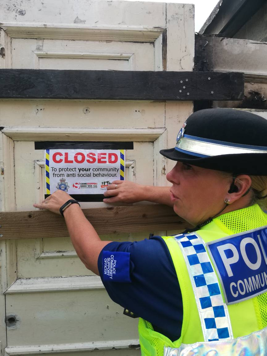 #Scunthorpe Following on from yesterday's Closure Notice, Officers have now been granted a Closure Order on the address on Frodingham Road. #Oneteam  <br>http://pic.twitter.com/xqD9b5N8eg