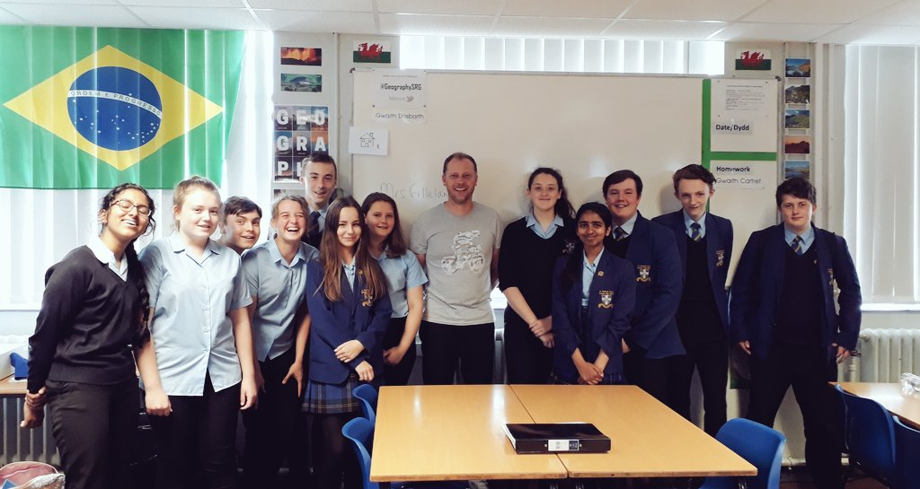 Some of my amazing GCSE and A-Level Students came up to say good bye today...going to miss you all, make sure you continue to #makeitcount!   #Geographyteacher #Proudteacher