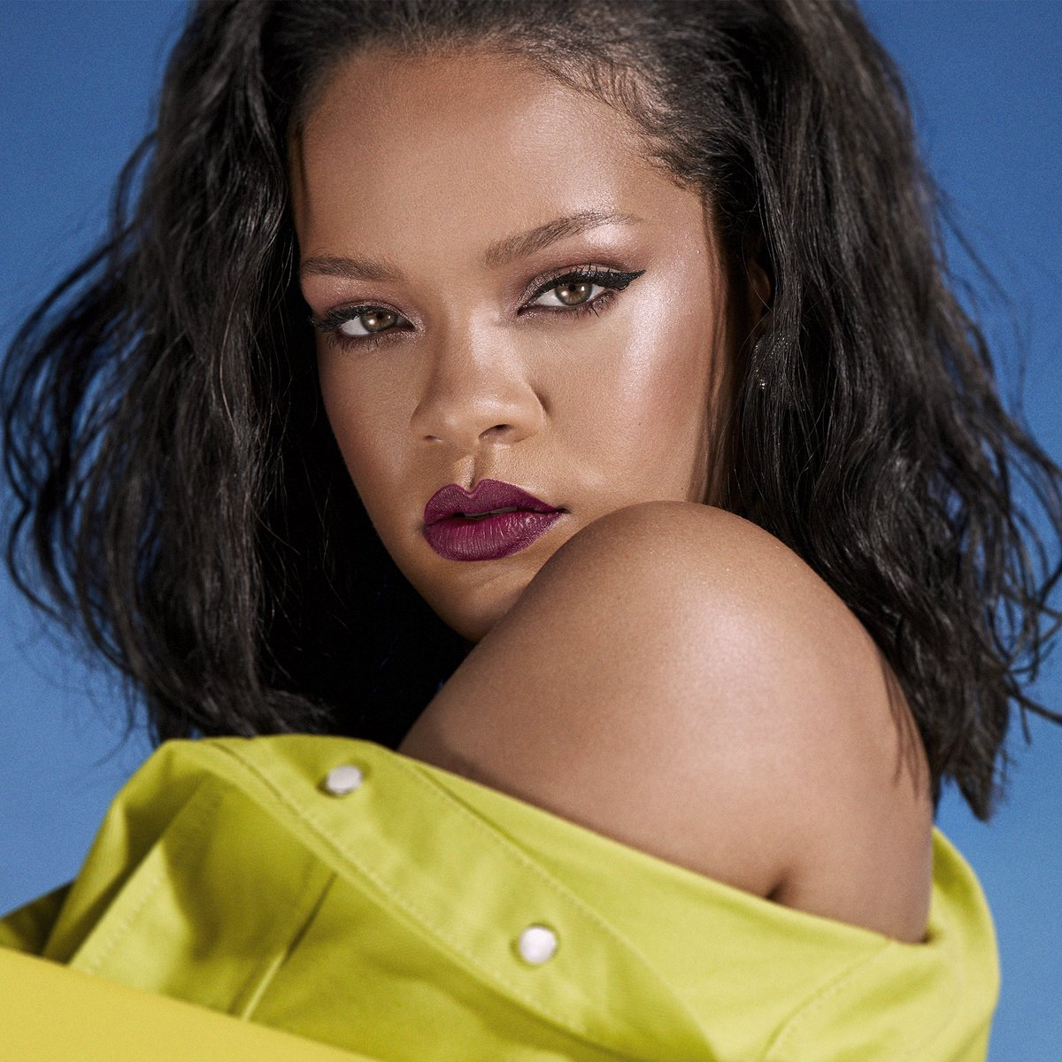 When I launched @fentybeauty  in 2017, it was important to me to make sure it was available globally so everyone had access to it. And now we are continuing to expand our Fenty Beauty family to Hong Kong, Macau, Seoul and Jeju in September!
