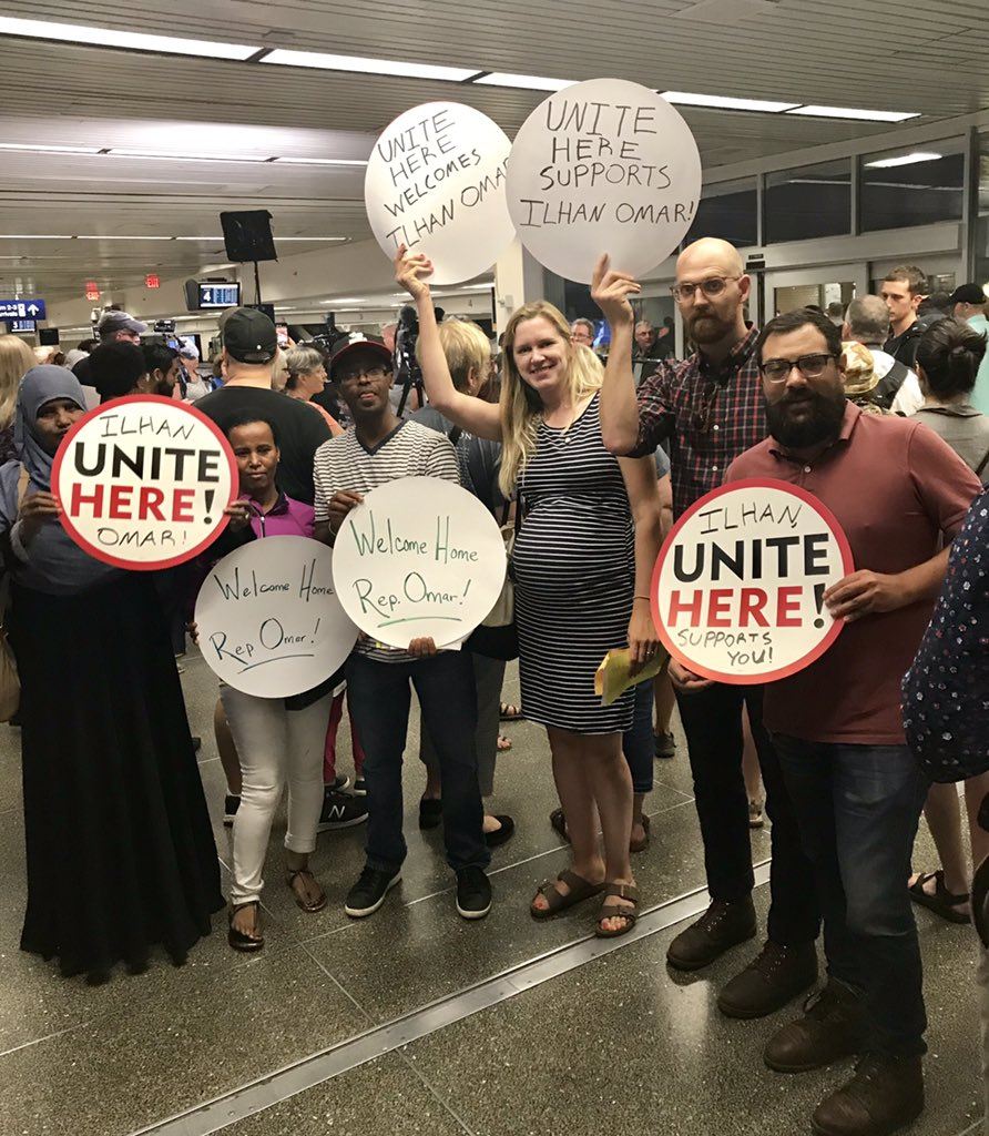 @UniteHere members showing up at MSP airport to welcome home our congresswoman @IlhanMN. She's got our back, and we've got hers. #WeStandWithIlhan #1u #solidarity #WelcomeHomeIlhan<br>http://pic.twitter.com/WOipDPq70R – à MSP Baggage Claim 2