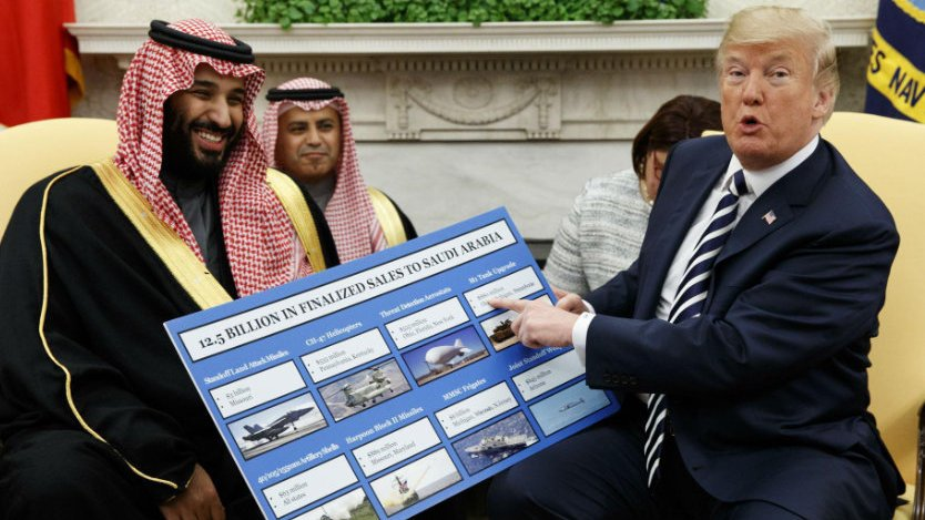 When the FBI raided the #Epstein mansion in New York, they found a photo hanging on the wall of Epstein walking with linked arms with... Saudi Crown Prince Mohammad bin Salman.  Pieces of the intelligence puzzle are falling into place.