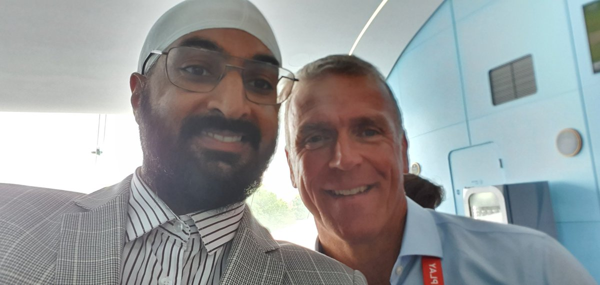 Enjoyable day at Lords with some of my cricket mates witnessing one of the best days of English Cricket @GeorgeDobell1 @philtufnell @StewieCricket  @SGanguly99 @HomeOfCricket @englandcricket @cricketworldcup #CWC19 #CricketWorldCup2019 #CricketWorldCupFinal #Cricket<br>http://pic.twitter.com/gP1BiP9vnR