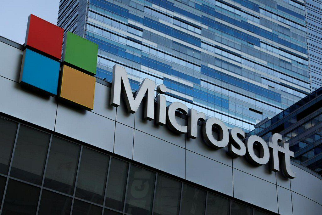 Microsoft beats estimates, powered by growing cloud profits