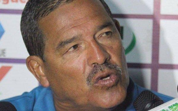 AUDIO: Técnico Juan Blanco vaticina mucho sufrimiento para Paté Centeno en  Saprissa