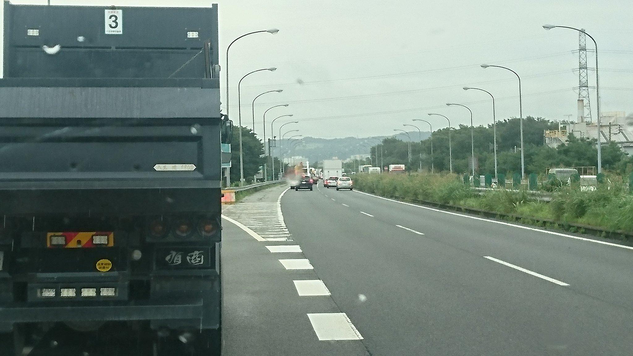 画像,国立~高井戸で事故3件で渋滞とか国立降り口も込んでてコマルぬ https://t.co/t6a1PC3Jlt。