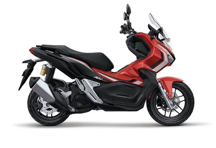 Please buat org2 yg nanti punya Honda ADV jgn dimodif pake ban cacing :| ini tampilannya udah keren dari sananya