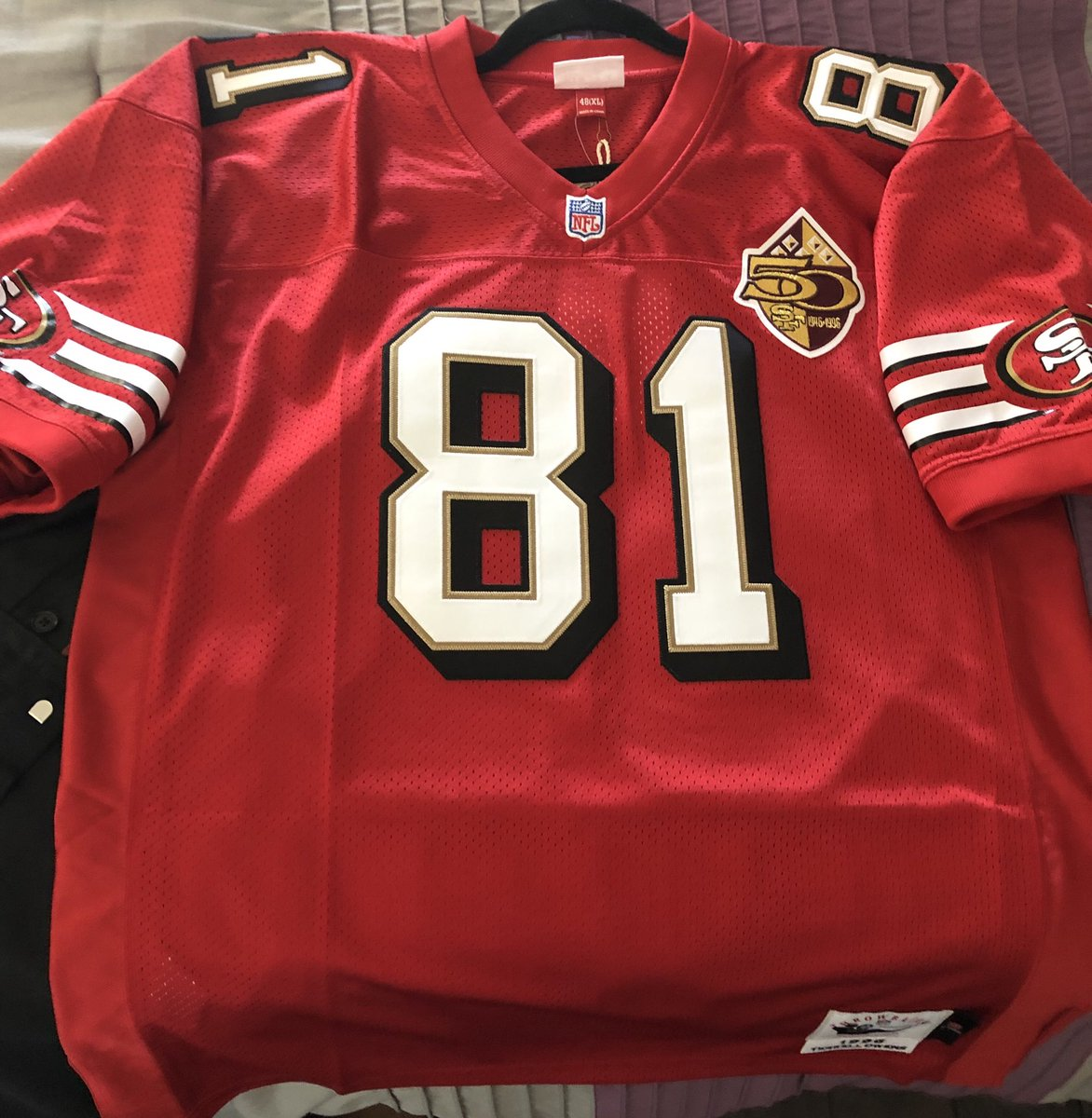 Look what UPS just dropped off. #49ers <br>http://pic.twitter.com/umuXaC4MaY