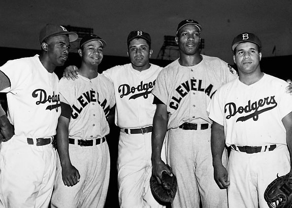 1949 All-Star game (Ebbets Field) - Jackie Robinson (HOIF), Larry Doby (HOF), Don Newcombe, Luke Easter, and Roy Campanella (HOF) <br>http://pic.twitter.com/hBPvVZGyOF