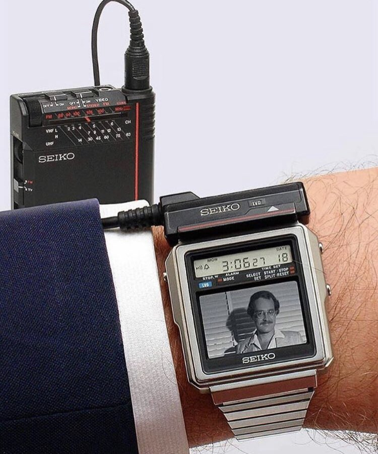 This 80s tech is gas. It cost around 60k to own one. It used a separate tv tuner, and you could only watch black and white footage of men who have mustaches <br>http://pic.twitter.com/1S8Ui2sEdg