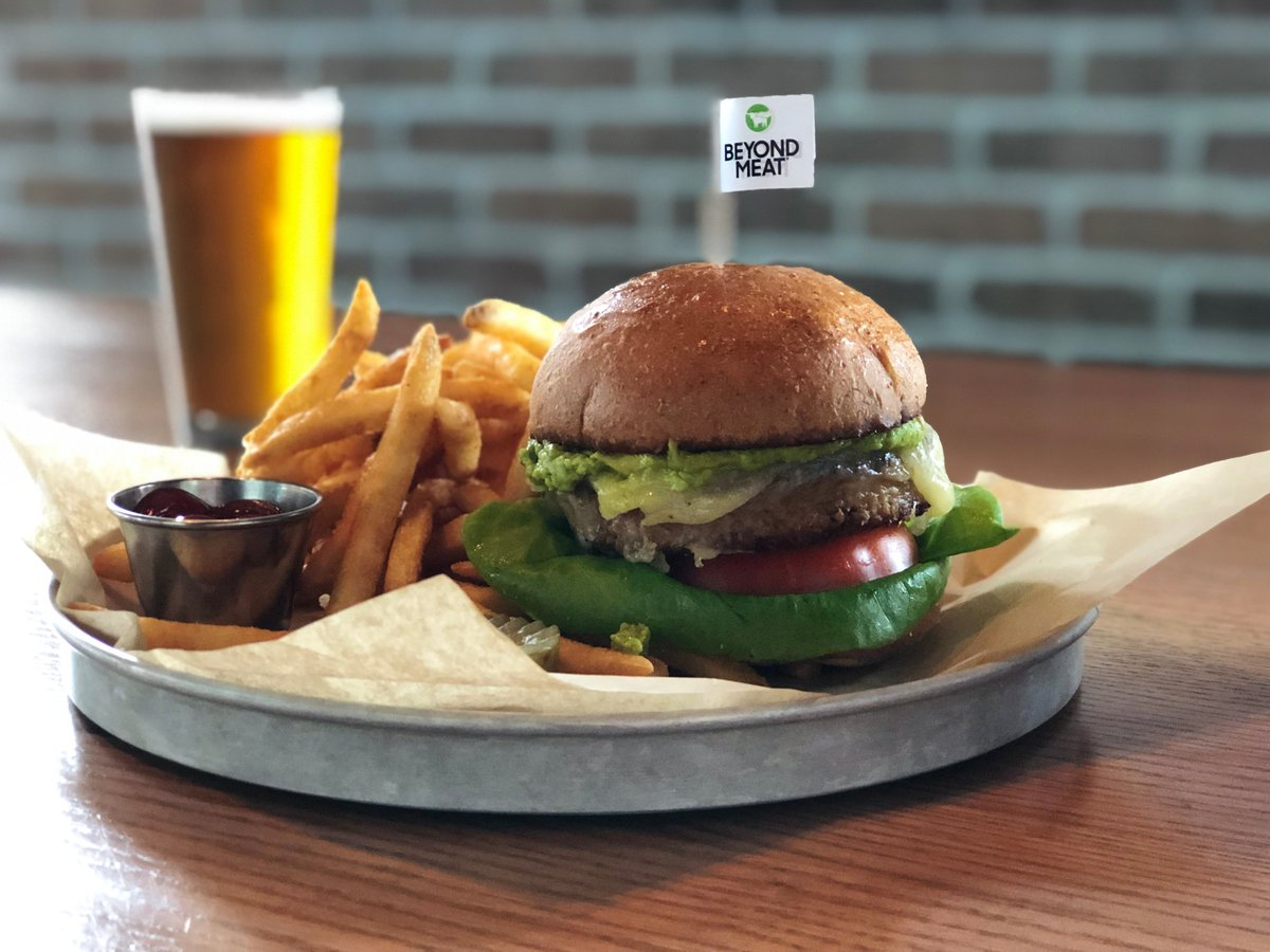 Replying to @BiggiosBar: Meat-free? Try our new, plant-based Biggio's Beyond Burger™—it's beyond tasty. @BeyondMeat
