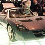 Image for the Tweet beginning: 2020 Corvette: GM aims again