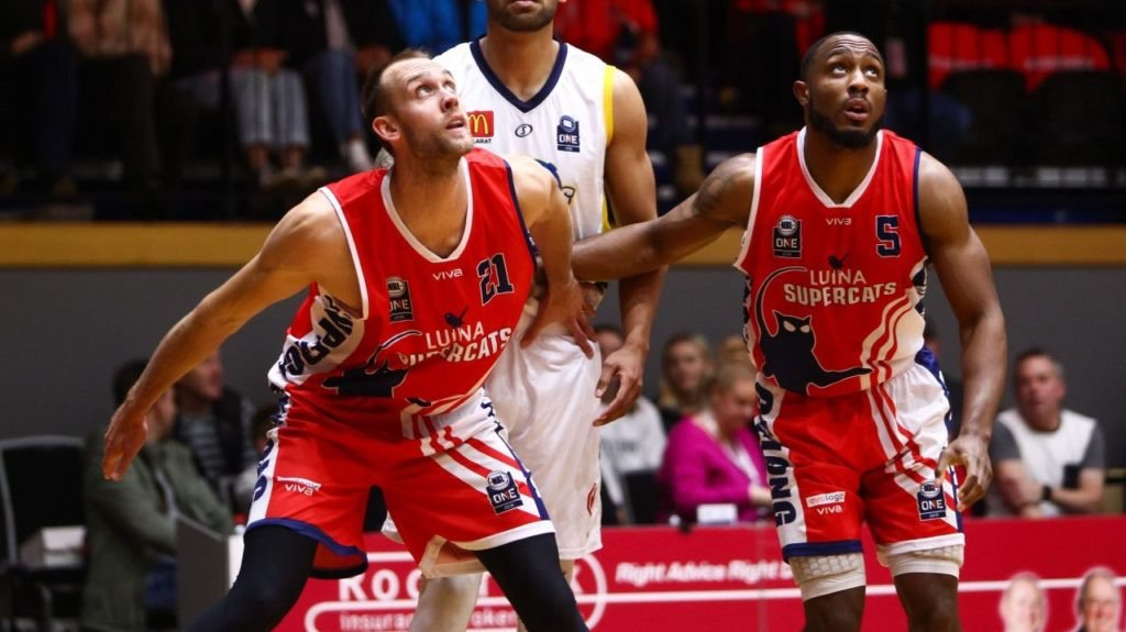 Who are the ten best defenders in @NBL1HQ?  @jordanmcnbl put together his list: http://bit.ly/2O5AkUX  #NBL1 #AussieHoops