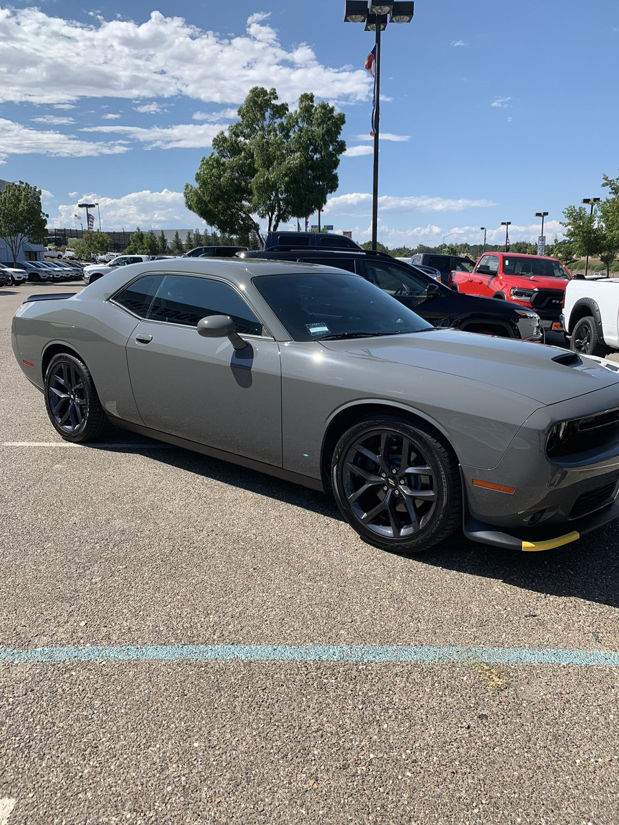 Traded in my Jeep for a 2019 @Dodge Challenger in Destroyer Grey. #bestdecisionver  #dodge #musclecars #MoparOrNoCar <br>http://pic.twitter.com/1Bh5Wv8Gg3