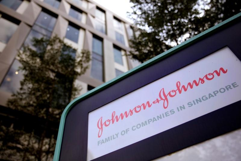 J&J quarterly profit beats on demand for cancer drugs https://t.co/3KghIEOh8J https://t.co/PyJAXWbMii