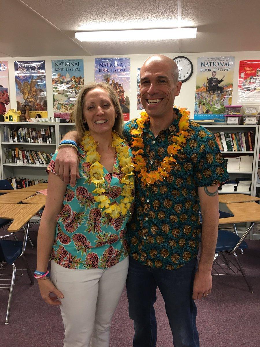 RT <a target='_blank' href='http://twitter.com/MrPetersWL'>@MrPetersWL</a>: Hawaiian Day <a target='_blank' href='http://twitter.com/cvpeters'>@cvpeters</a> <a target='_blank' href='http://twitter.com/GeneralsPride'>@GeneralsPride</a> <a target='_blank' href='https://t.co/hNaCSTDLre'>https://t.co/hNaCSTDLre</a>