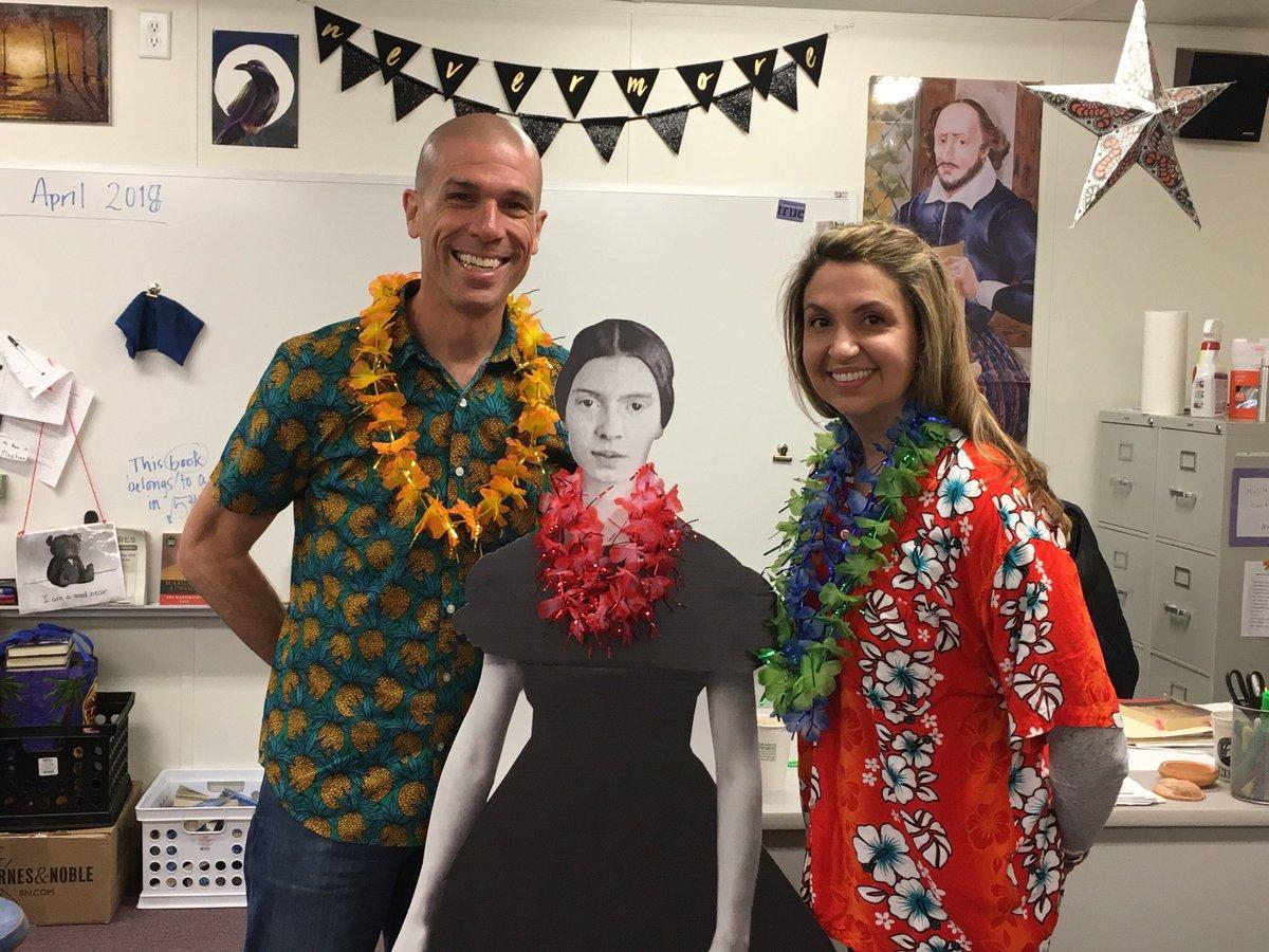 RT <a target='_blank' href='http://twitter.com/cvpeters'>@cvpeters</a>: Hawaiian day for spirit week <a target='_blank' href='http://twitter.com/generalspride'>@generalspride</a> <a target='_blank' href='http://twitter.com/mrsbeckerwl'>@mrsbeckerwl</a> <a target='_blank' href='http://twitter.com/MrPetersWL'>@MrPetersWL</a> <a target='_blank' href='https://t.co/oWwP7UaSBw'>https://t.co/oWwP7UaSBw</a>