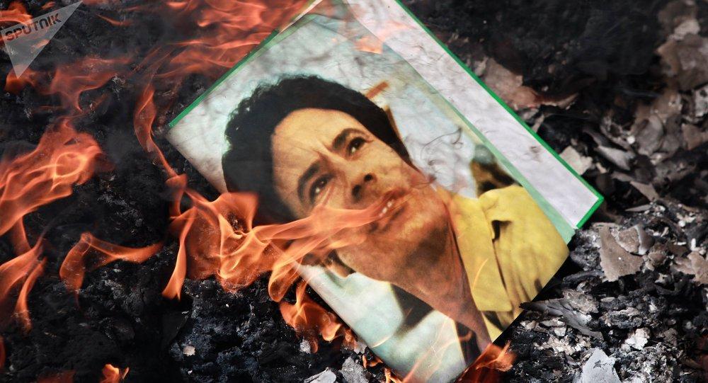 📰 #LuDansLaPresse L'affaire #Skripal rappelle les circonstances de la mort de #Kadhafi https://t.co/p5DglxcgcA