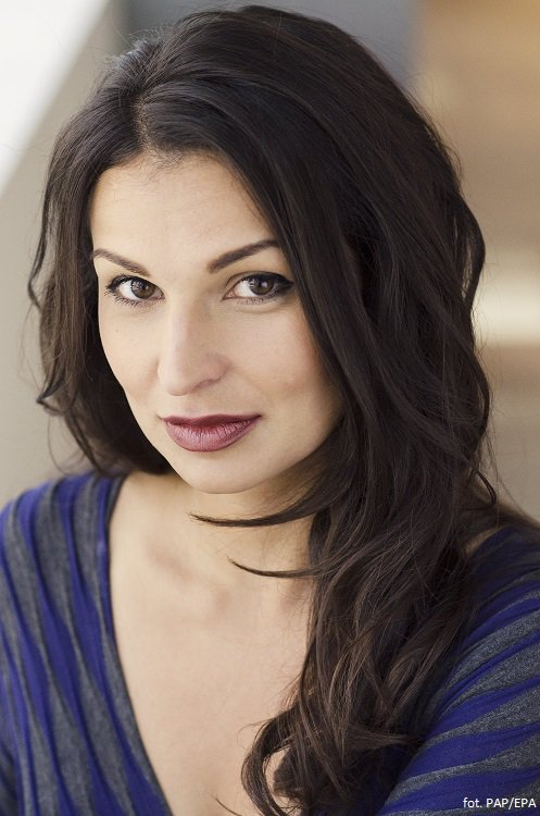Polish-born playwright Martyna Majok is the #Pulitzer Prize Winner in Drama for her play Cost of Living.   Congratulations @MartynaMajok! <br>http://pic.twitter.com/BCFA0Tk4Dl