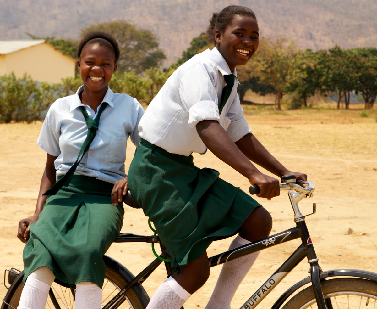test Twitter Media - New UN resolution lauds the bicycle as a wonder-machine & declares 3rd June as World Bicycle Day. Chapeau to @EuCyclistsFed @WCA_cycling @leszek33 @montgomerycoll https://t.co/L1Mo1Ieef4 https://t.co/5bWUs3e2vi