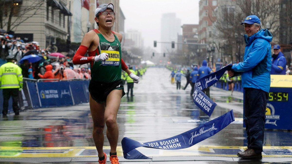 Focus sur le vainqueur du @bostonmarathon hier : @kawauchi_yuki Âgé de 31 ans, ce coureur à pied est fonctionnaire dans un lycée japonais et amateur dans le monde de la course à pied !• Aucun sponsor • Aucun entraîneur  Un exemple de combativité.#bostonmarathon  - FestivalFocus