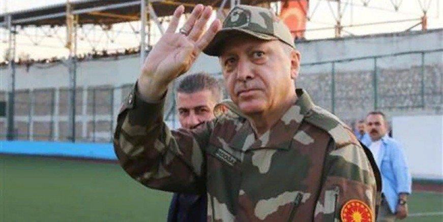 Erdoğan'dan Kılıçdaroğlu'na: Siz teröristlerin giydiği postal ve parkayı giyersiniz sptnkne.ws/hqVJ