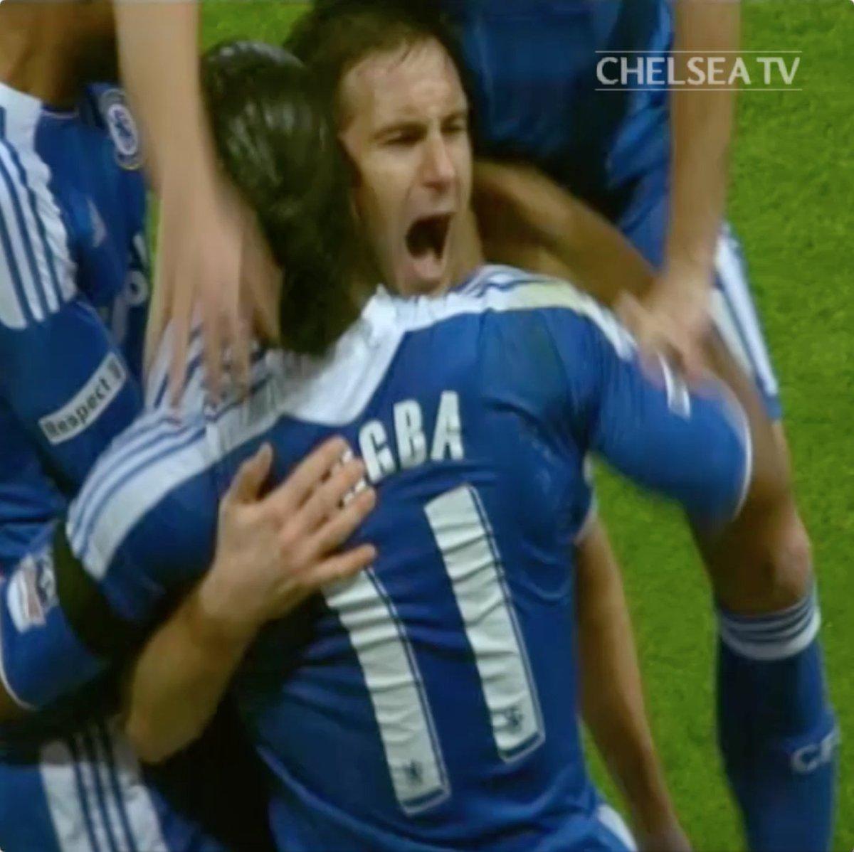 Chelsea FC Português's photo on Da Inglaterra