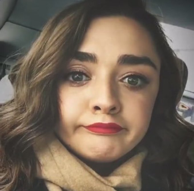 Happy bday maisie williams (favorite actress tbh)