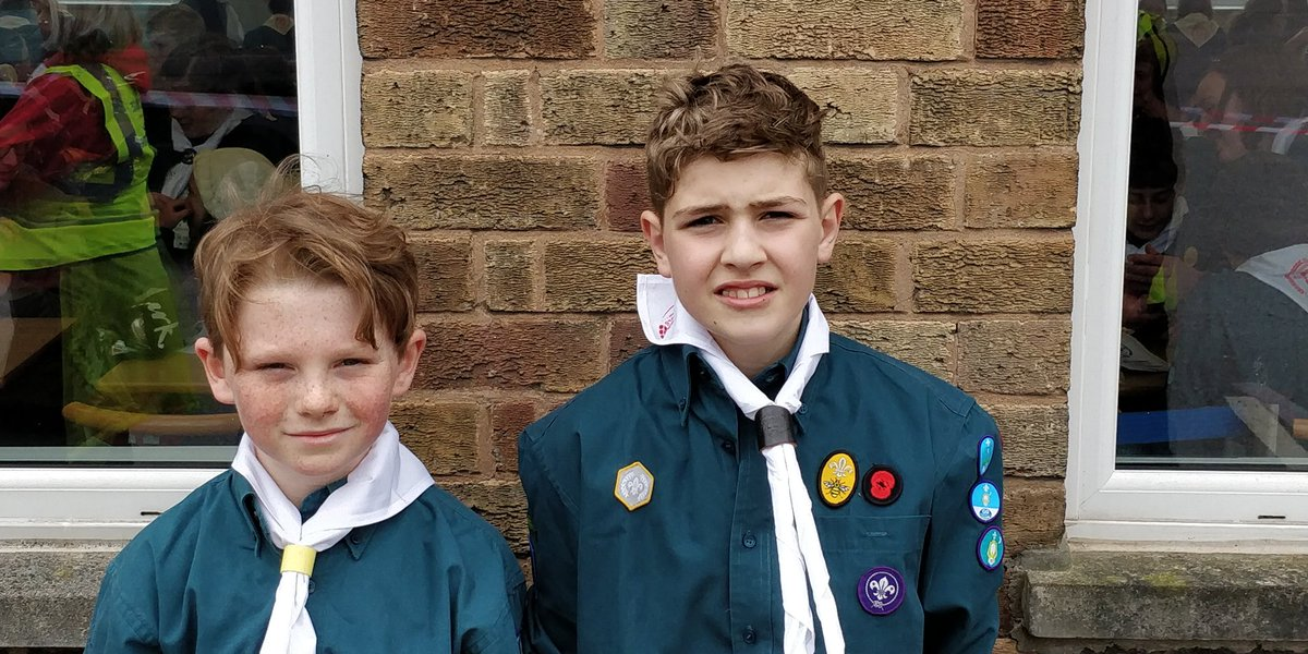 Team 174 one of the many juniors that have just reached the finish. Looking happy and feeling proud! Well done! #cheshirehike @CheshireHike @CheshireScouts<br>http://pic.twitter.com/QY2FI35kKS